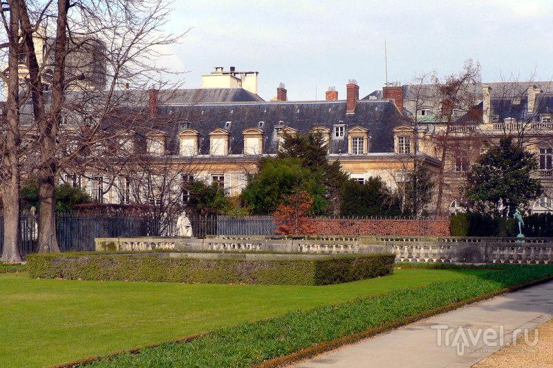 Малый Люксембург со стороны Люксембургского сада