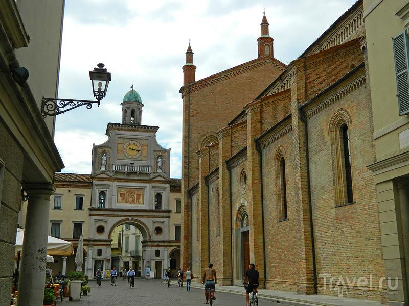 В городе Крема, Италия / Фото из Италии