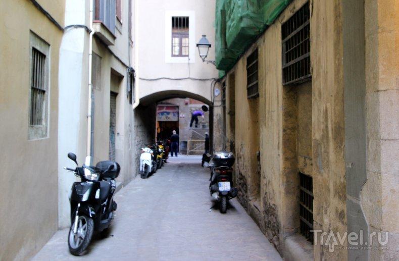 Загадки улиц Барселоны / Испания