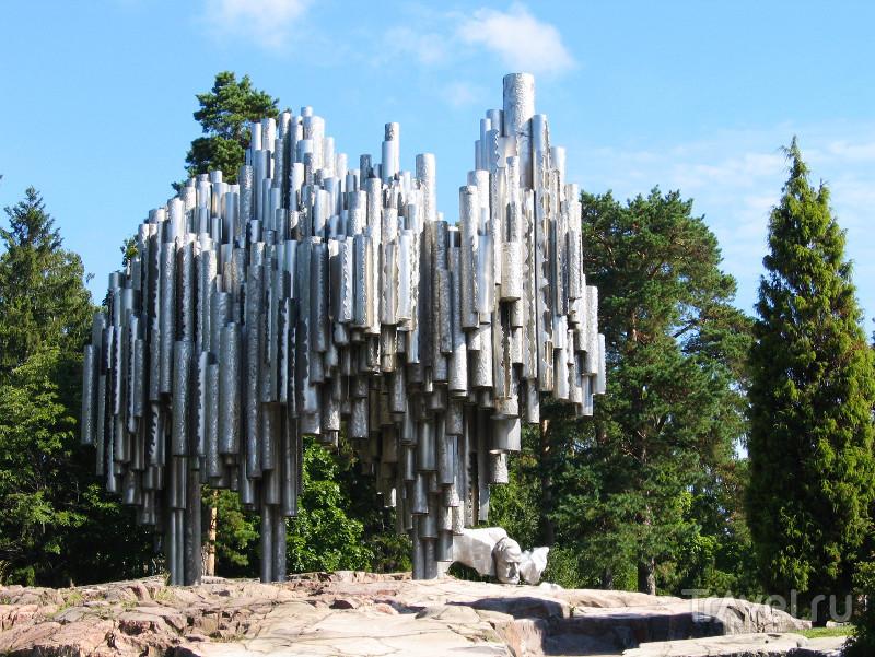 Памятник Сибелиусу - самая посещаемая достопримечательность Хельсинки