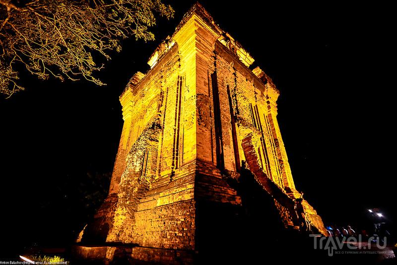 Башня Чампа в городе Туи Хоа, Вьетнам / Фото из Вьетнама