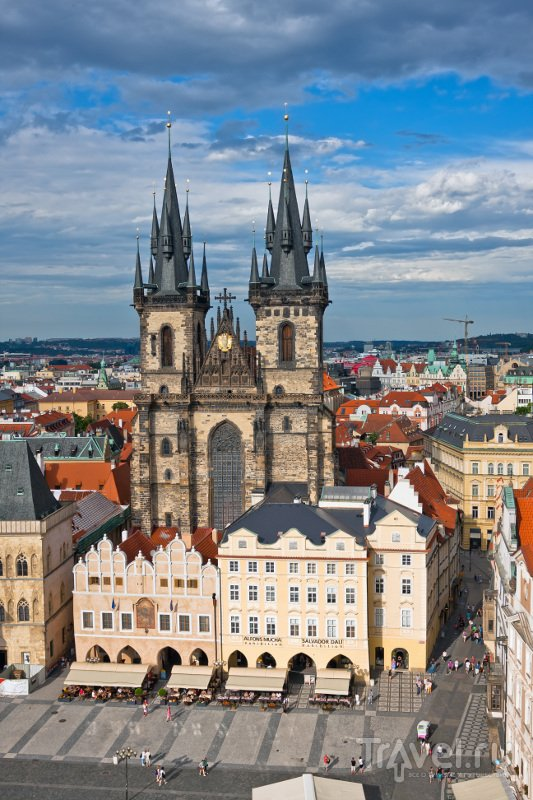 Одной из достопримечательностей Тынского храма является старейший в Праге орган, созданный 1673 году