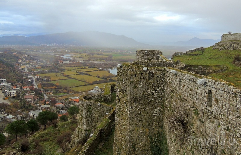 Покорение крепости Розафа в Албании одним январским днем / Албания