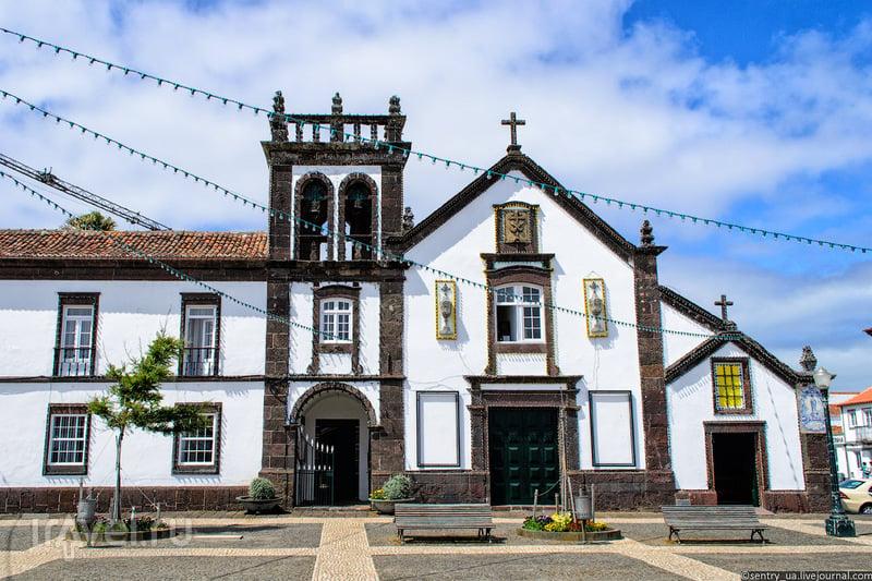 В городе Вила-до-Порто / Фото из Португалии