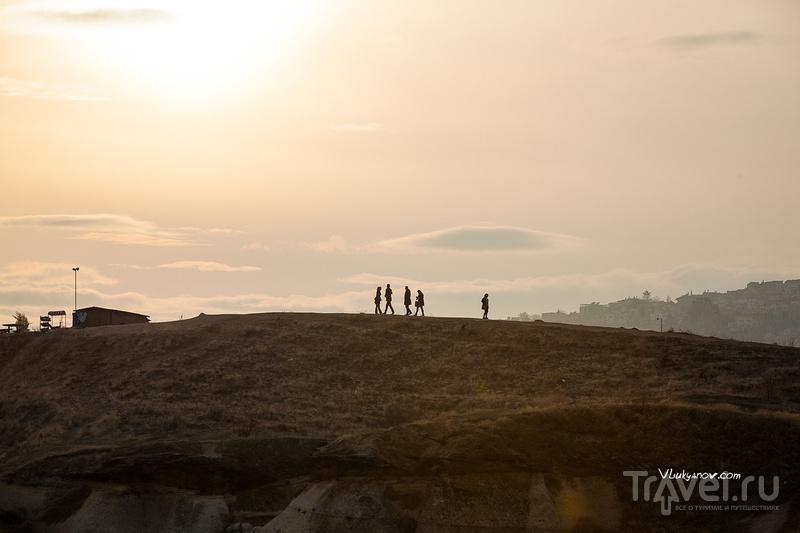 Каппадокия: Sunset Place и солнечное гало на закате / Фото из Турции