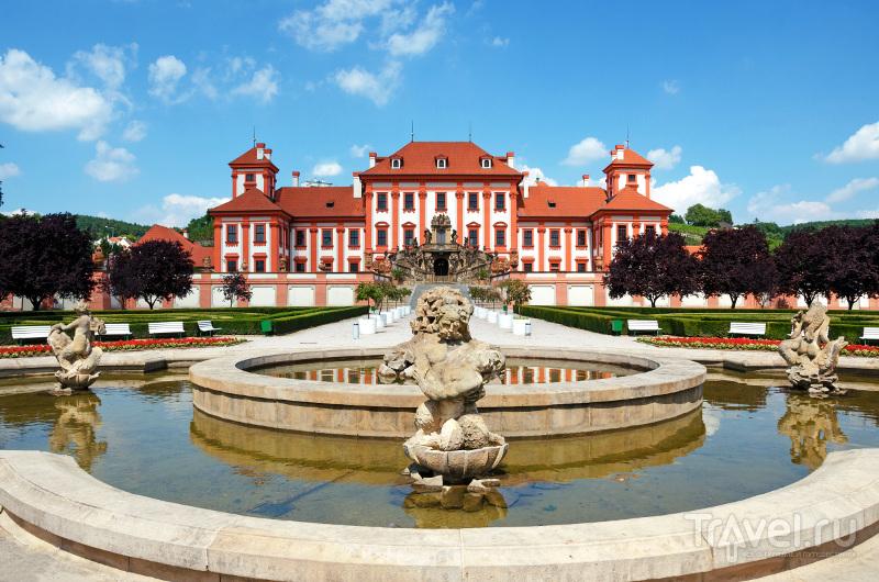 Тройский дворцово-парковый комплекс построен в стиле барокко