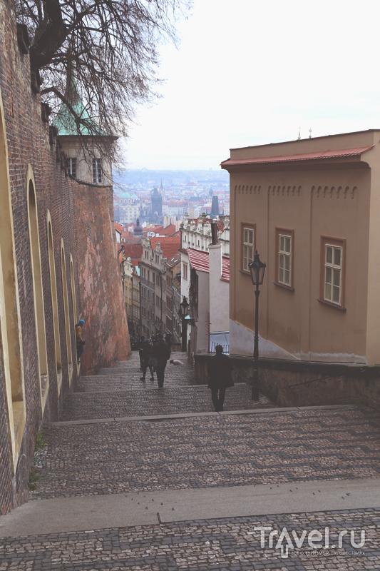 Лестница, ведущая в Градчаны в Праге, Чехия / Чехия