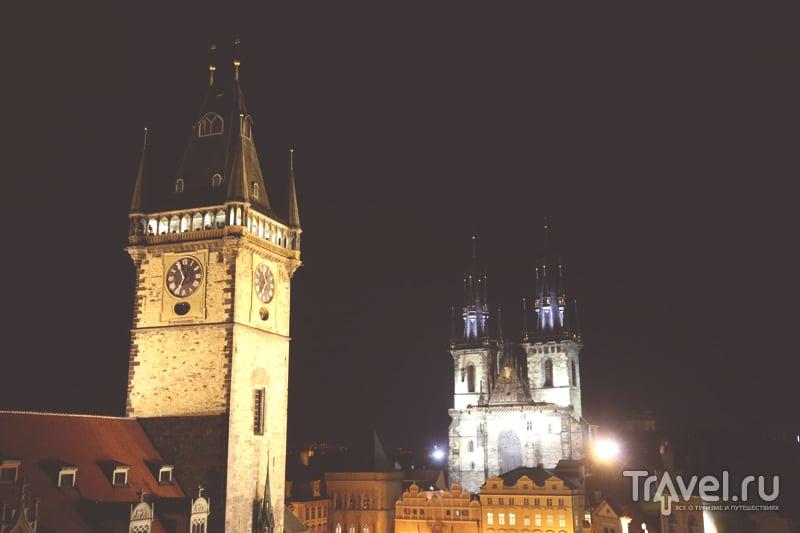 Вид на Староместскую площадь с крыши дома в Праге, Чехия / Чехия