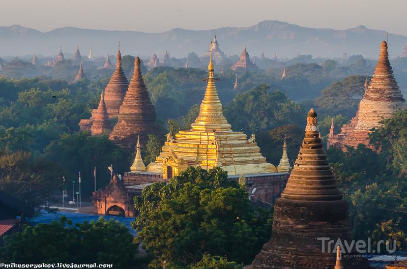 В городе Баган, Мьянма / Фото из Мьянмы
