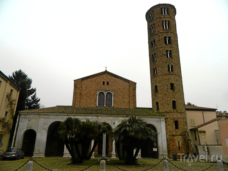 Базилика святого Аполлинария в Равенне, Италия / Фото из Италии