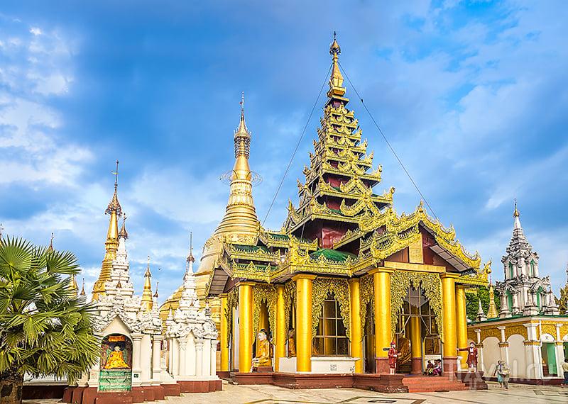 Пагода Шведагон в городе Янгон, Мьянма / Фото из Мьянмы