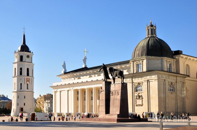 Панорама Кафедральной площади Вильнюса