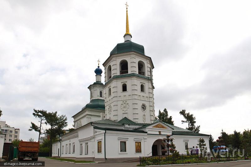 Знаменская церковь в Иркутске, Россия / Фото из России
