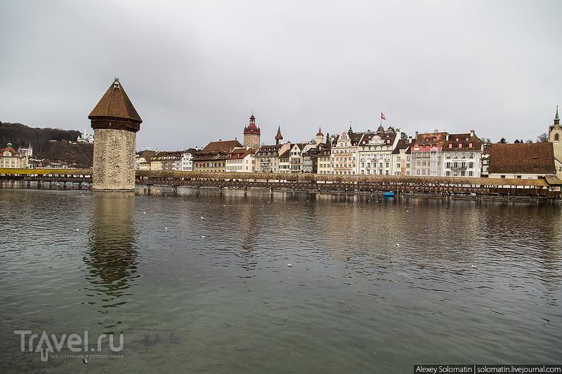 На набережной реки Рёйс в Люцерне, Швейцария / Фото из Швейцарии