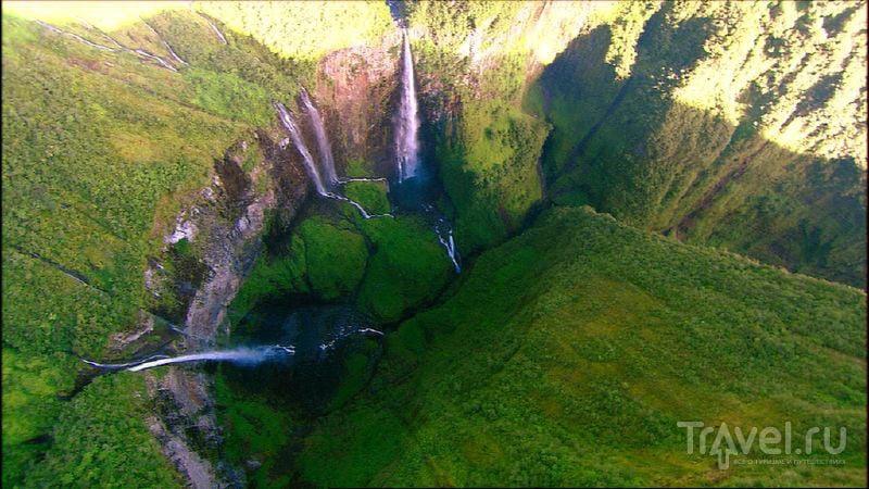 Общая длина каньона Тру-де-Фер – 3700 метров / Реюньон