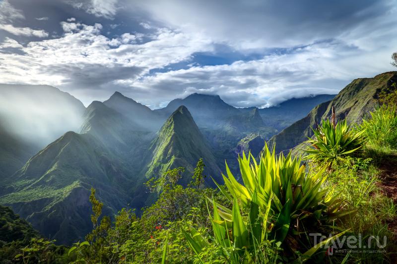 Пейзажи центральной части острова Реюньон невероятно красивы / Реюньон