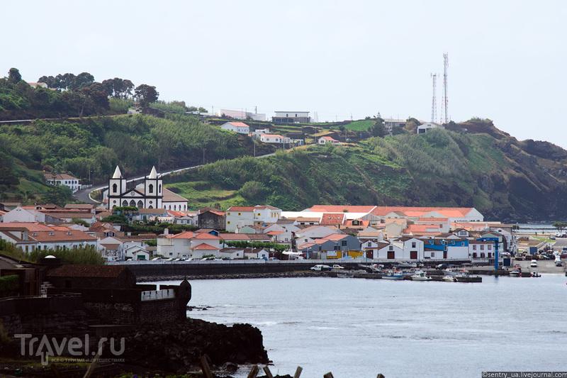 Город Лажес-до-Пику на острове Пику, Португалия / Фото из Португалии