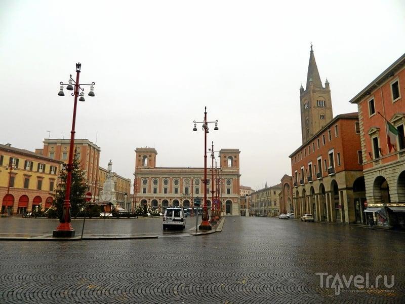Piazza Aurelio Saff в Форли, Италия / Фото из Италии