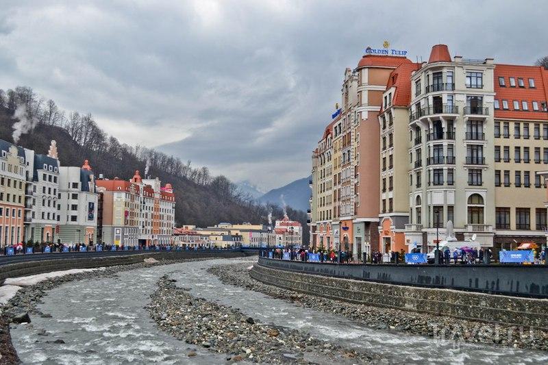 Набережная реки Мзымты, Россия / Фото из России