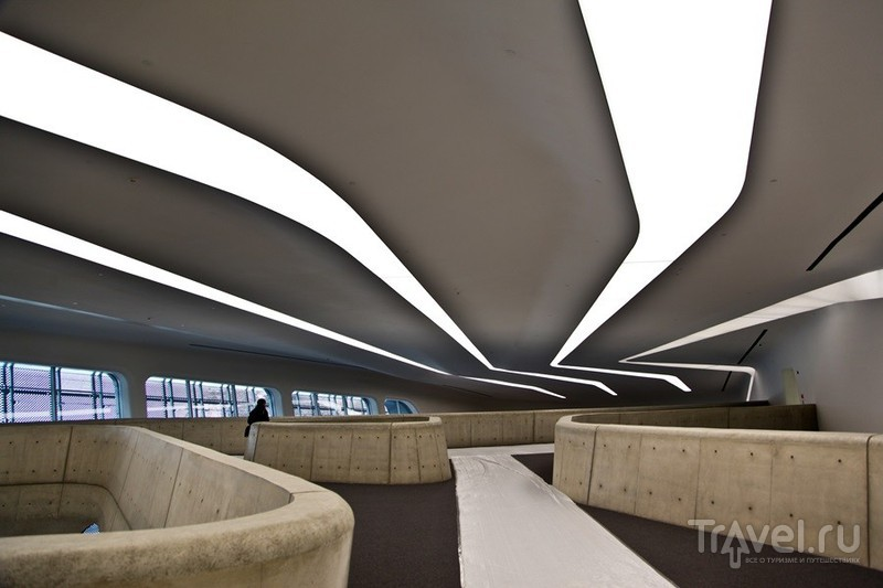 Дизайнерская плаза Тондэмуна, Сеул / Южная Корея