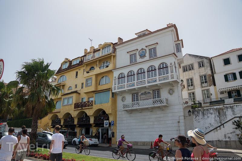 Дом без окон на первом этаже / Фото из Португалии