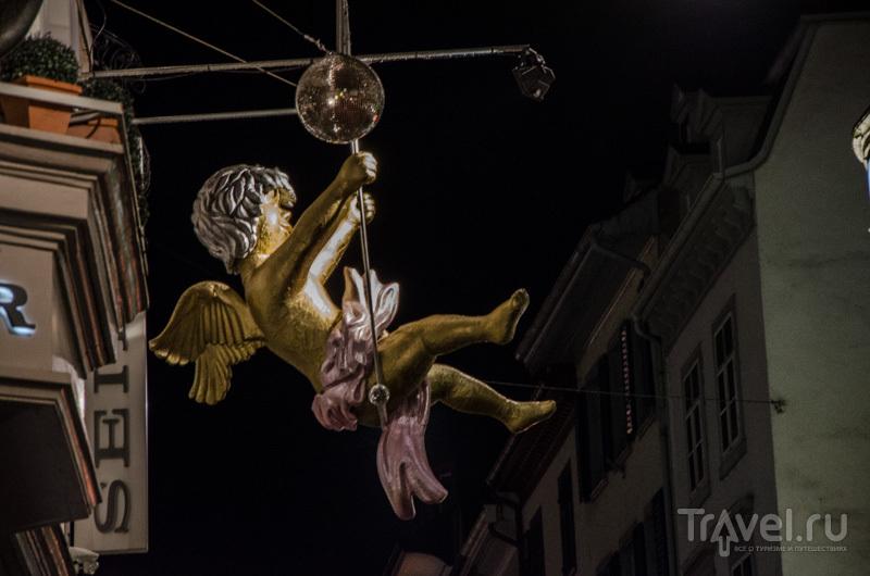 Праздничный ангел над Базелем