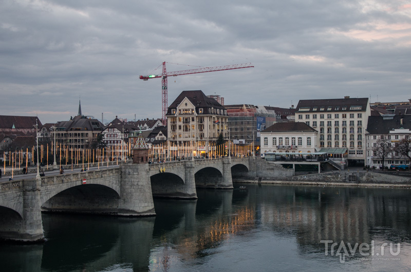 Иллюминация на мосту