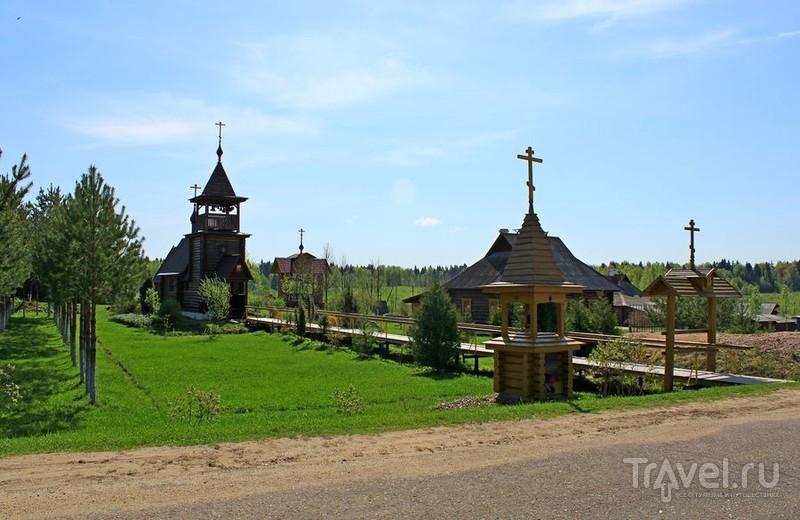 Церковь Федора Стратилата в деревне Мартюхи, Россия / Фото из России
