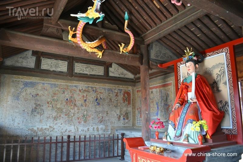 Храмы поселка Цзиминъи / Китай
