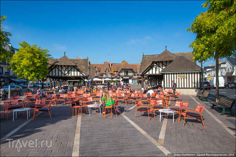 Город, который построили для аристократов. Довиль, Франция / Фото из Франции