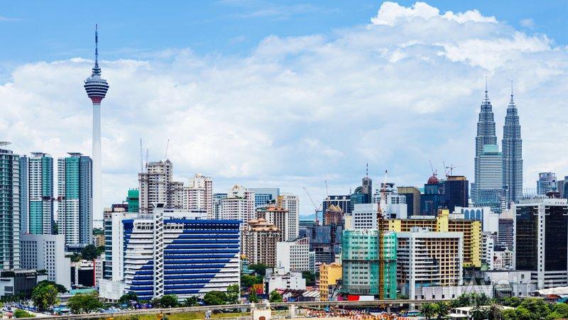 Телебашню видно почти из любой точки Куала-Лумпура