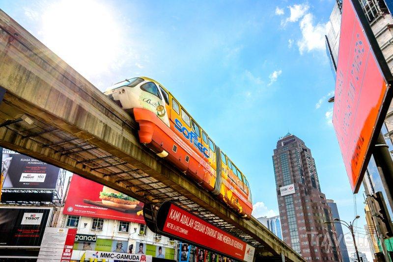 В районе находится одноименная станция монорельсовой дороги - Bukit Bintang