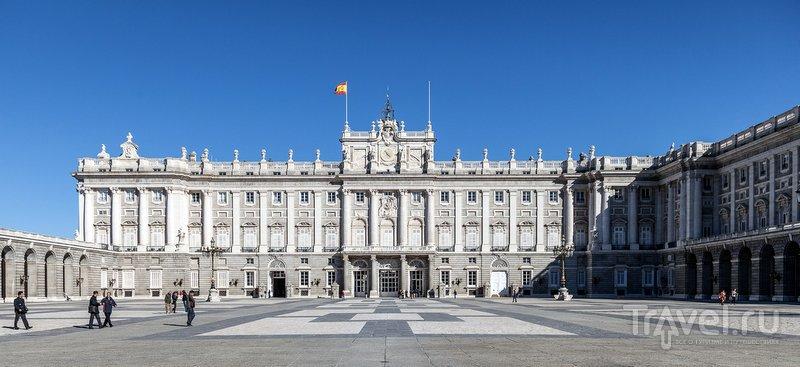 В Королевском дворце Мадрида испанский король теперь не живет