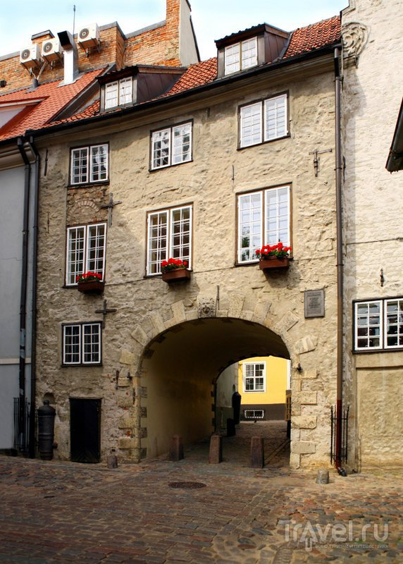 Шведские ворота - единственные из рижских средневековых ворот, которые сохранились до наших дней