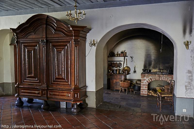 Внутри дома можно полюбоваться старинными интерьерами