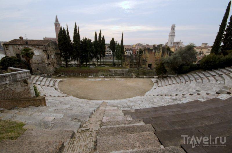 Вид с вершины амфитеатра