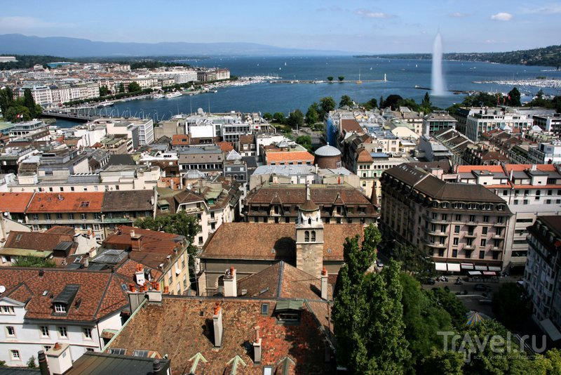 Вид на улочки Старого города, Женевское озеро и знаменитый фонтан