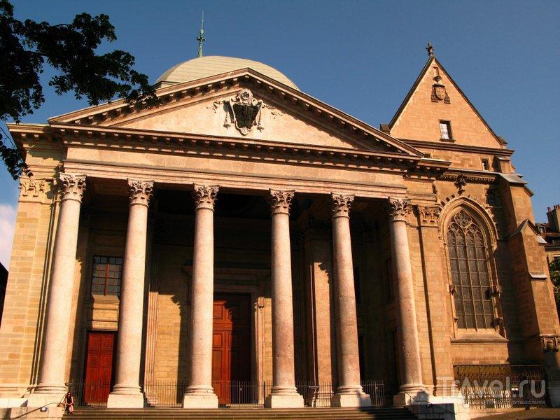 Кафедральный собор - уникальное сооружение с многовековой историей строительства