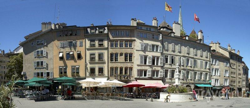 Площадь Бург-де-Фур является сердцем Старого города Женевы