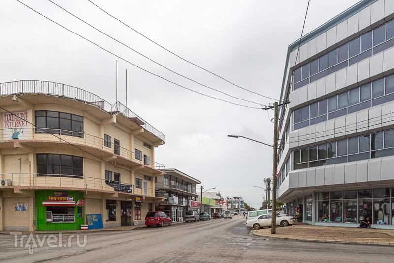 В городе Нукуалофа, Тонга / Фото с Тонга