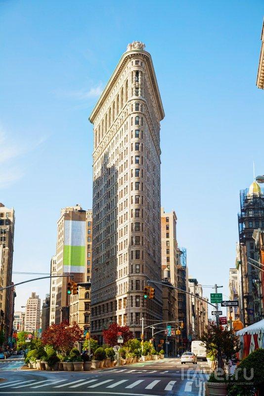 """Знаменитый небоскреб-""""утюг"""" на Пятой авеню"""