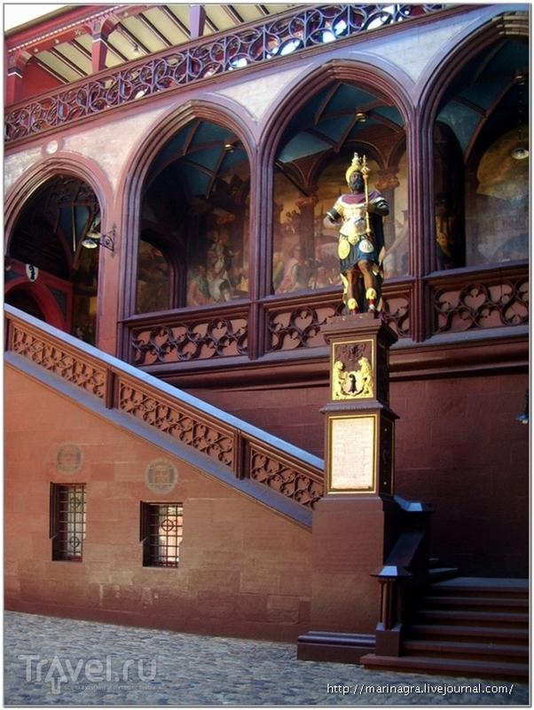 Двор ратуши / Фото из Швейцарии