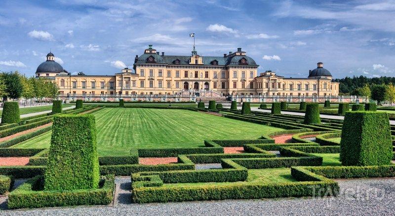 Дроттнингхольм - визитная карточка Стокгольма, дворец и парк великолепны