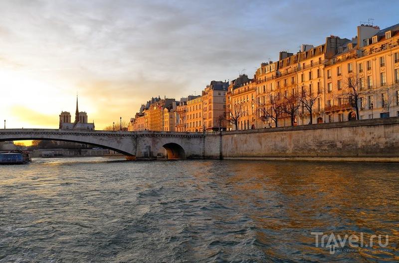 По Парижу на речном трамвайчике Batobus / Франция