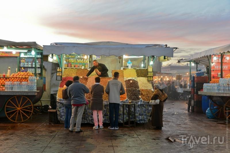 Чарующая атмосфера сказочной площади Джемма-эль-Фна / Фото из Марокко