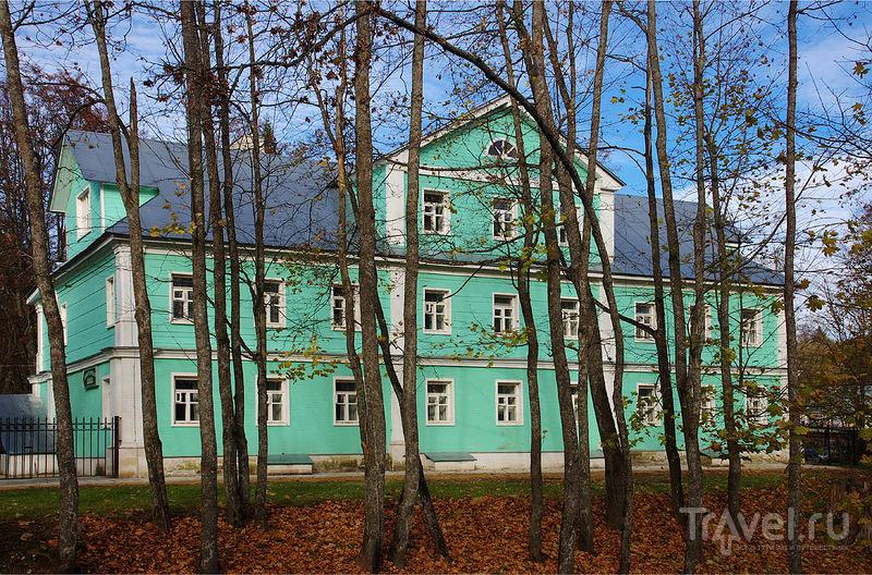 Краткая прогулка по окрестностям Звенигорода / Россия