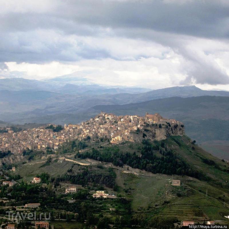 Энна - город над пропастью / Италия