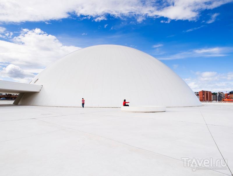 Купол – выставочная площадка, где можно увидеть работы наиболее интересных современных художников и фотографов / Испания