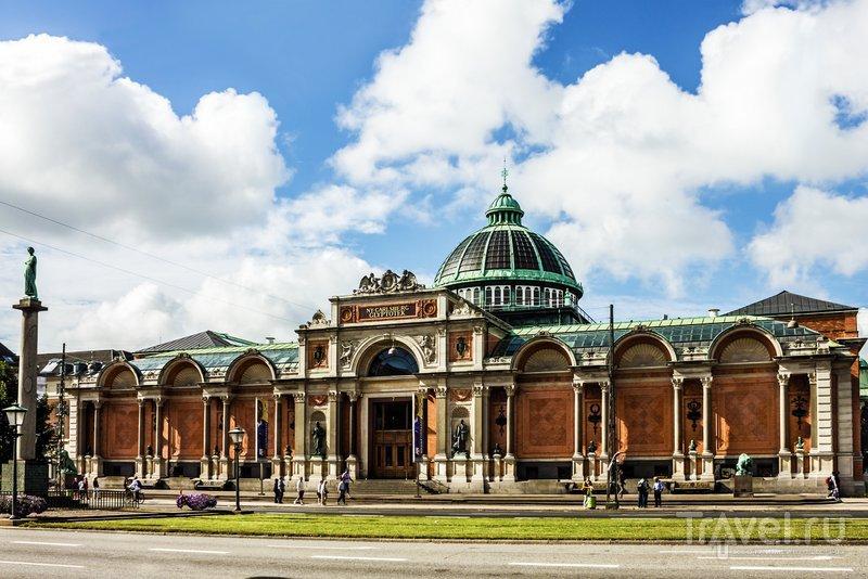 Музей был открыт сыном основателя знаменитой пивоварни Карлсберг