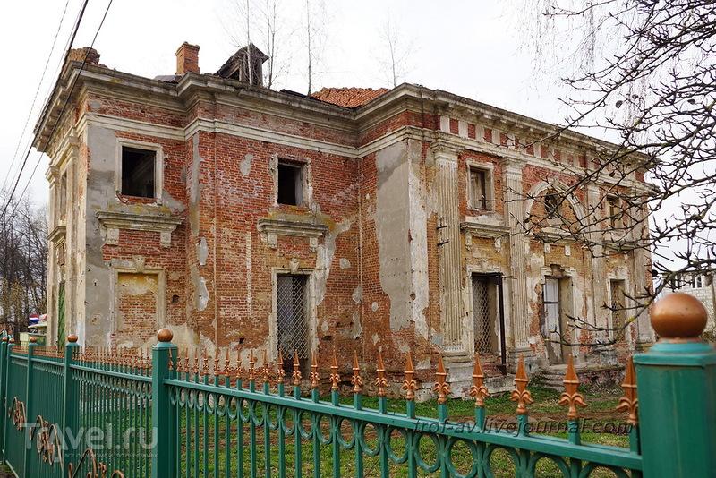 Усадьба Петровское-Княжищево Демидовых-Мещерских / Россия